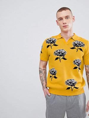 ASOS Knitted Revere Collar Polo In Mustard With Floral Jacquard - Mustard