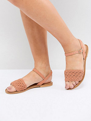 ASOS DESIGN Victory Wide Fit Leather Woven Flat Sandals - Apricot