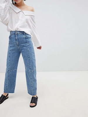 ASOS DESIGN Premium Florence Authentic Egineered Straight Leg Jeans In Noella Blue - Mid wash blue