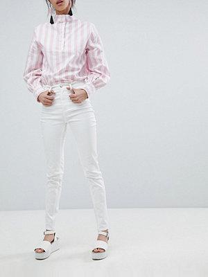 Monki Oki Jeans med hög midja och smal passform