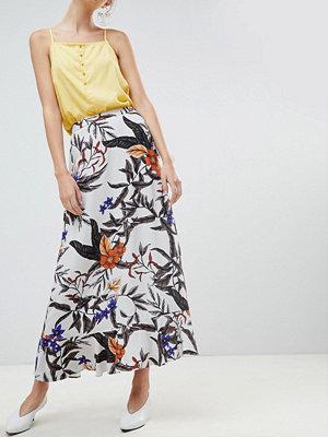 Gestuz Floral Printed Long Skirt - Grey flower print