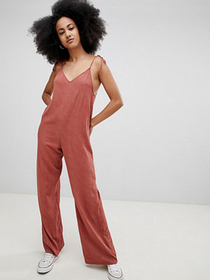 Pull&Bear cami detail woven jumpsuit in rust - Rust