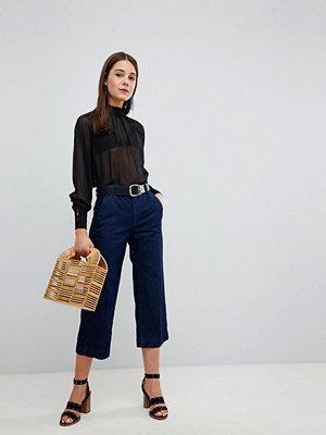 New Look Korta jeans med vida ben Skölj