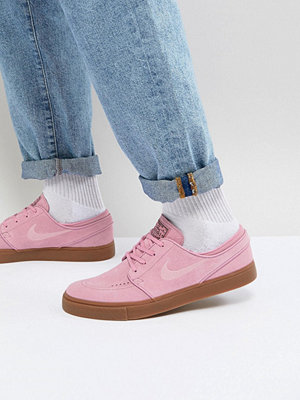 Nike Sb Stefan Janoski Trainers With Gum Sole In Pink 333824-604
