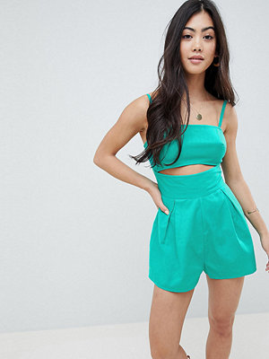 ASOS Petite ASOS DESIGN Petite cami playsuit with cut out detail in linen - Turquoise