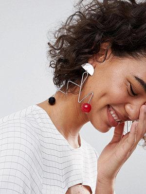 ASOS örhängen DESIGN Abstract Wire And Ball Drop Earrings - Rhodium