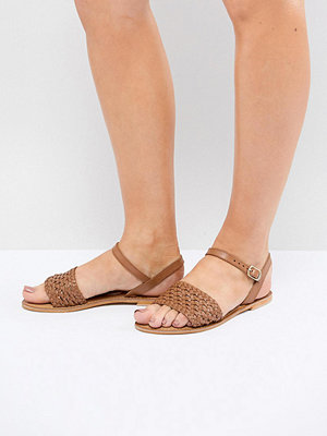 ASOS DESIGN Victory Wide Fit Leather Woven Flat Sandals