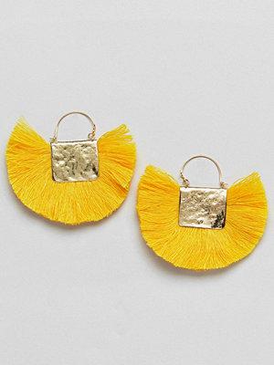 ASOS örhängen DESIGN Hammered Fan Tassel Earrings