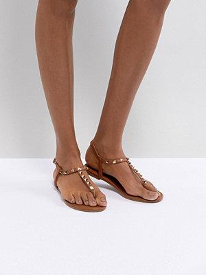 Boohoo Studded T Bar Sandal