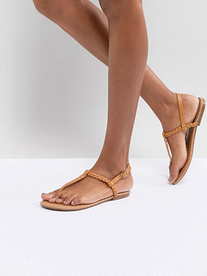 Boohoo Plaited T Bar Sandal