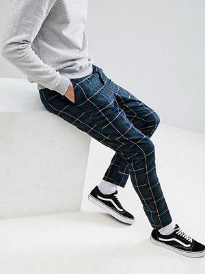 ASOS DESIGN Tapered Trousers In Tartan