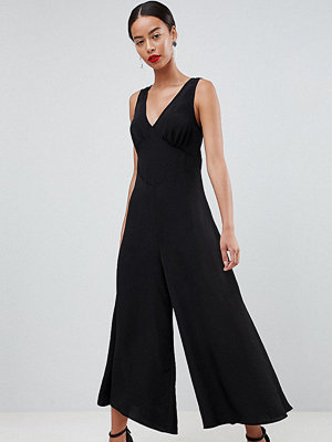 Asos Tall ASOS DESIGN Tall Sleeveless Tea Jumpsuit - Black