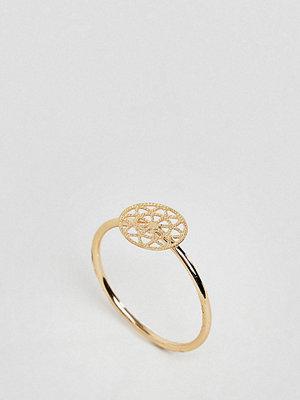 ASOS Curve ASOS DESIGN Curve pinky ring with filigree detail