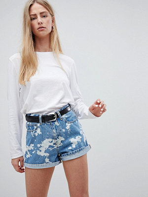 Dr. Denim Jenn Blekt effekt shorts med hög midja Splattered bleach