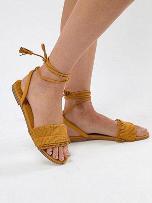 Pull&Bear fringe tassle sandal with tie up