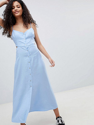 Bershka cut out button detail midi dress in blue - Lightblue