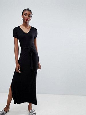 New Look Plain V Neck T-Shirt Maxi Dress