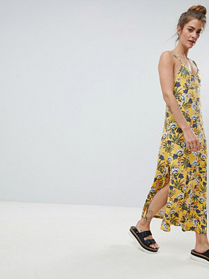 Pull&Bear cami dress in yellow floral