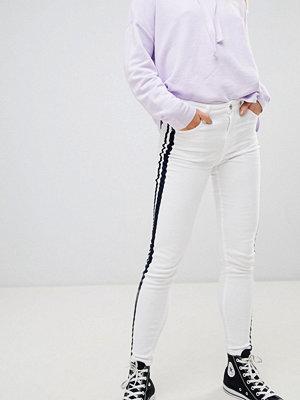 Pull&Bear contrast side stripe jeans
