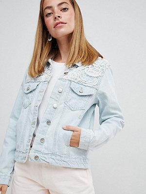 Jeansjackor - Brave Soul Petite Rayola Denim Jacket with Crochet Insert
