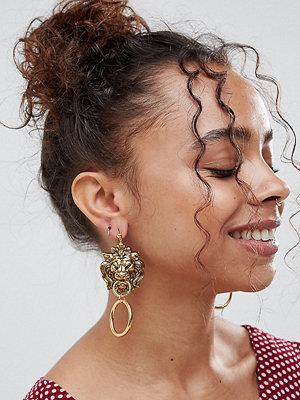 Regal Rose örhängen Gold Plated Lion Head Statement Door Knocker Earrings