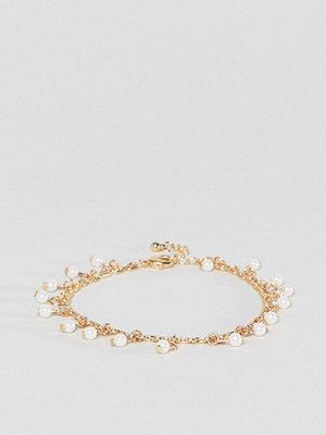 ASOS armband DESIGN Delicate Pearl Charm Bracelet