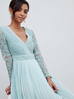 Little Mistress lace top midi skater dress with pleated skirt in spearmint - Spearmint