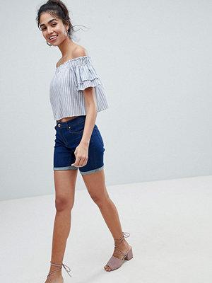 Oasis Uppvikta jeansshorts Sköljtvätt