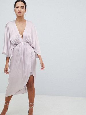 ASOS DESIGN Midi Plunge Kimono Dress In Satin - Silver grey