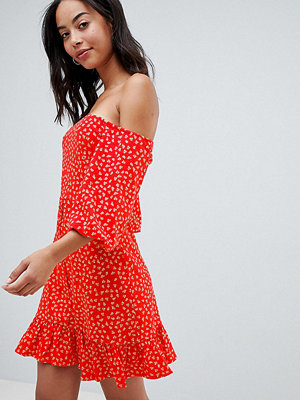 Asos Tall ASOS DESIGN Tall off shoulder mini sundress with bubble sleeve in ditsy print
