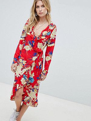 PrettyLittleThing Floral Ruffle Wrap Midi Dress
