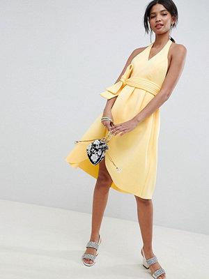 ASOS DESIGN halter plunge belted prom dress - Sunshine