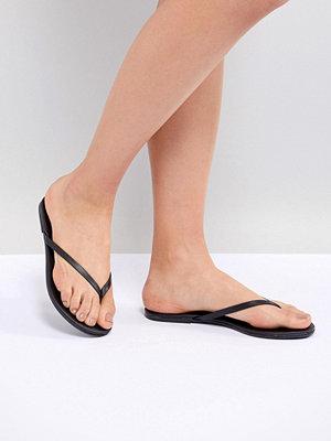 New Look Leather Flip Flops