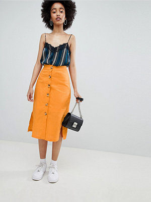 Bershka button front linen skirt plain in orange - Orange