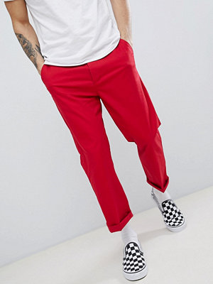 ASOS DESIGN Skater Cropped Chinos In Red - Chilli pepper