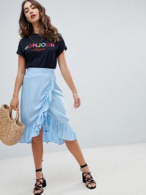 New Look Omlottkjol i midilängd med volang Blekblå