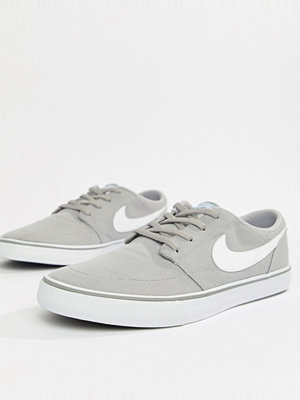 Nike Sb Solarsoft Portmore II Trainers In Grey 880268-011