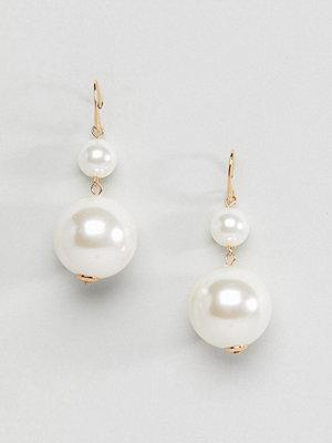 ASOS örhängen DESIGN Double Pearl Pull Through Earrings