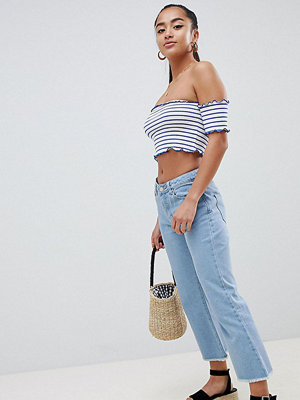 Missguided Petite Cropped Flare Jean - Light blue wash