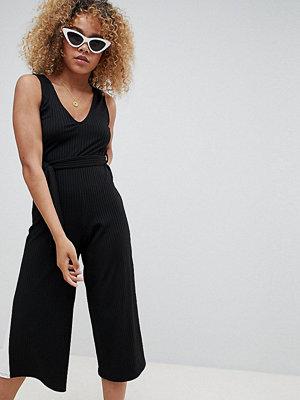 New Look Petite Jumpsuit med sidoränder Svart mönster