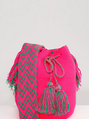 Jardin Del Cielo axelväska Wayuu Mochilla Bag in Orange - Orange multi