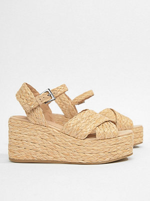 ASOS DESIGN Thierry Raffia Wedges - Natural
