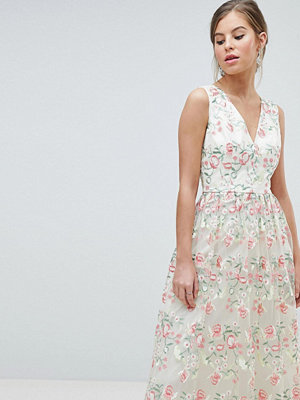Chi Chi London Plunge Front Premium Embroidered Floral Maxi Prom Dress - Nude multi