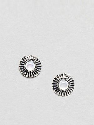 ASOS örhängen DESIGN Sterling Silver Engraved Sunburst Stone Earrings