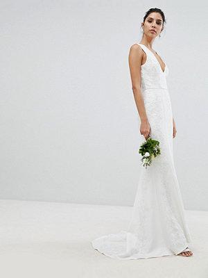 Chi Chi London Bridal Lace Maxi Dress - Ivory