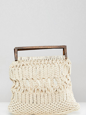Cleobella axelväska exclusive macrame bag with wooden handle - Ivory