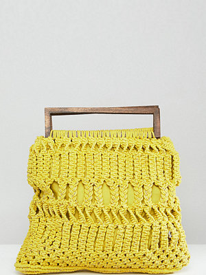 Cleobella axelväska exclusive macrame bag with wooden handle - Chartreuse