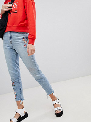 New Look embroidered mom jeans - Light blue