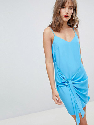 River Island cami dress with knot front detail - Blue bright