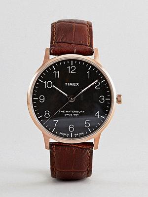 Klockor - Timex TW2R71400 Waterbury Classic Leather Watch